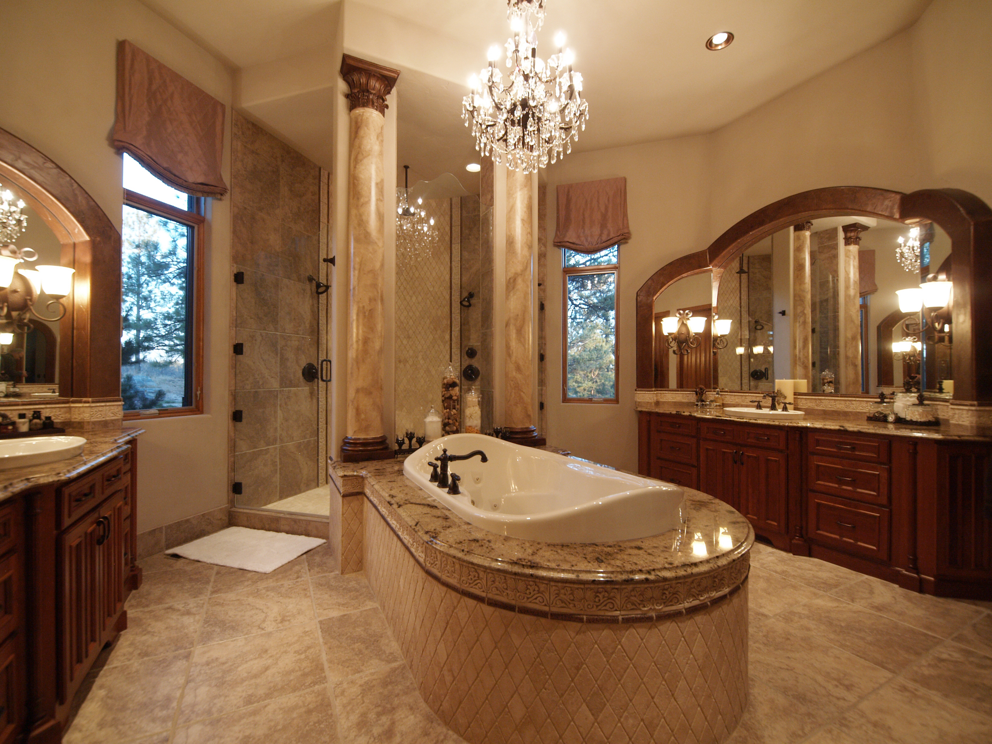 Majestic Master Bath Highlights Colorado Mountain Lodge